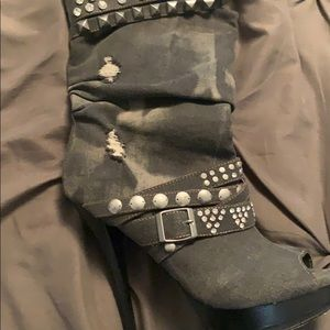 High heel jean boots grey with crystals